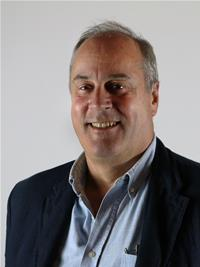Profile image for Councillor Alistair Dewhirst